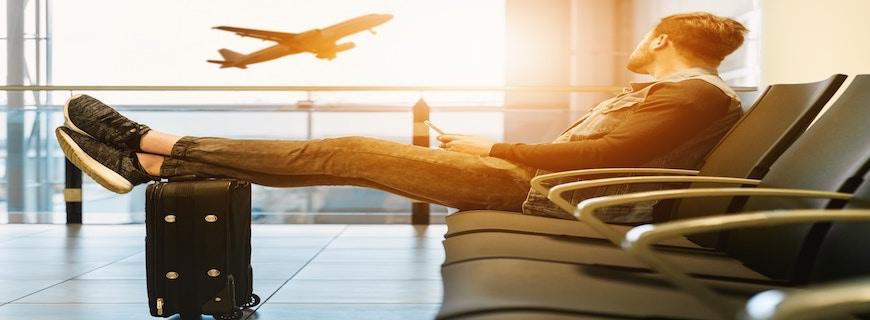 Travel Supplement Essentials: 6 Natural Products to Take on Holiday