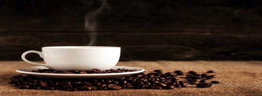 Natural Coffee Alternatives + How Different Drinks Affect Your Blood