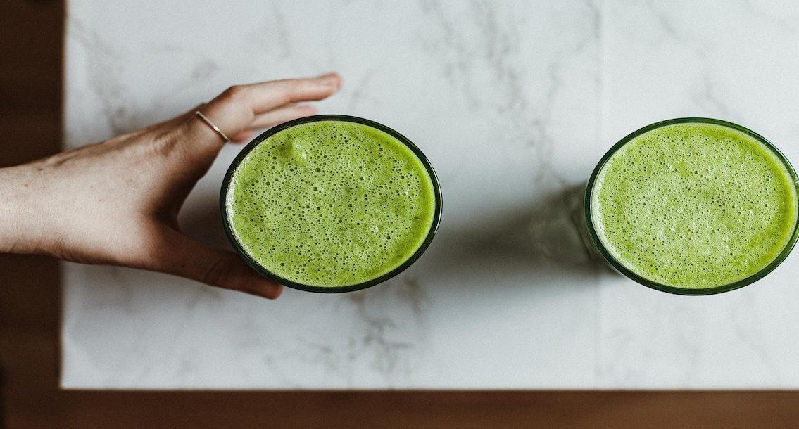 The Raw Organic Green Powder Drink Healthy Diet Guide