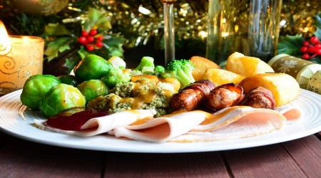 Foods to Avoid to Keep Blood Pressure Healthy this Christmas