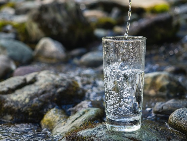 The Benefits of Hydrogen Rich Water and How to Make Your Own